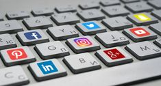 Affiliate Marketing Hacks: Advantages of Hiring a Social Media Manager Social Media Marketing Companies, Marketing Jobs, Affiliate Marketing, Internet Marketing, Online Marketing, Digital Marketing, Marketing Branding, Business Branding, Social Networks