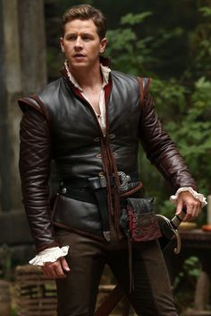 Pin for Later: 22 Outfits From Once Upon a Time That Would Make Great Halloween Costumes Prince Charming The Signature Piece: A leather jacket. Prince Costume, Prince Charming Costume, King Costume, Josh Dallas, Great Halloween Costumes, Halloween Outfits, Medieval Costume, Cute Comfy Outfits, Medieval Clothing