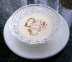 CREMA DE LECHE MERENGADA – Apto para ataque Dukan – La cocina de Cloe Pasta, Relleno, Glass Of Milk, Pudding, Desserts, Skimmed Milk, Sour Cream, Kitchen, Cinnamon Sticks