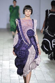 Wearable Art - purple dress with 3D shapes & texture through pleating, gathering, weaving & braiding - creative fabric manipulation for fashion design // Teruhiro Hasegawa