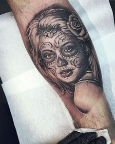 Black Grey Tattoo Color Of Realist Face Muerte Tattoo With Roses Tattoo Design Ideas  #Blackandgrey #Realist #Realism #Realistic #Muerte #Girl #Tattoo #Tattoos   www.ontattoos.com
