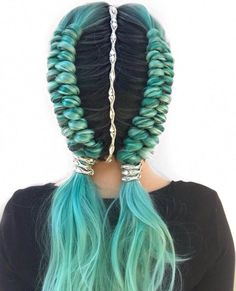 """Festival hair inspo, double dutch infinity braids ✌🏼 // Hair HairJewelry style """"Morgan"""" ✨ Fantastic hairstyle by… Hair Dye Colors, Cool Hair Color, Braided Hairstyles, Cool Hairstyles, Creative Hairstyles, Beautiful Hairstyles, Wedding Hairstyles, Teenage Hairstyles, Hairstyles 2018"""
