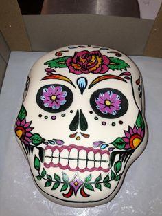 day of the dead sugar skull cake Cupcakes, Cake Cookies, Cupcake Cakes, Halloween Cakes, Halloween Treats, Beautiful Cakes, Amazing Cakes, Sugar Skull Cakes, Sugar Skulls