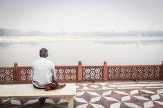 Tourist at the Taj Mahal in Agra, India #India #travelphotography #travelphotographer #streetphotography #streetphotographer