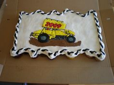 Sprint car cupcake cake