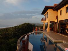 This Zimbali Coastal Resort home has spectacular views of the beautiful KwaZulu-Natal coastline.