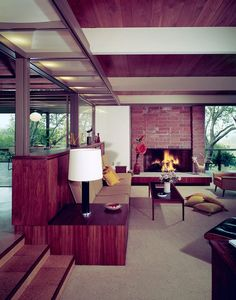 Located in Pasadena, California is the Gill House which was designed by the firm of Buff & Hensman in the 1960's. The firm is still in business (now Buff, Smith, and Hensman) and has won dozens of awards for residential architecture from American Institute of Architects. Photo: Getty Trust via DC Hillier