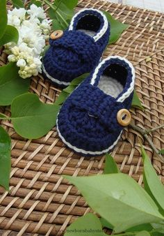 Crochet Baby Booties Crochet baby booties...