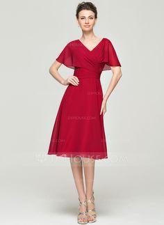 A-Line/Princess V-neck Knee-Length Chiffon Mother of the Bride Dress With Ruffle (008062858) - JJsHouse