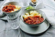 Tépett csirkepörkölt, szerecsendiós nokedlivel » Lila füge Macaroni And Cheese, Soup, Ethnic Recipes, Lilac, Mac And Cheese, Soups