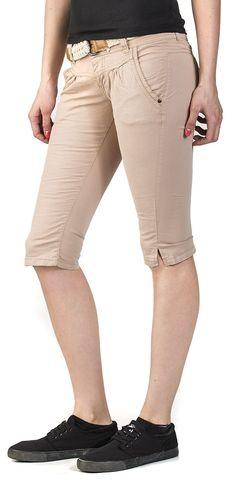 Ladies Capri - Fresh Made - Shortsit. Capri Pants, Khaki Pants, Fresh, Shorts, Lady, Fashion, Moda, Capri Trousers, Khakis