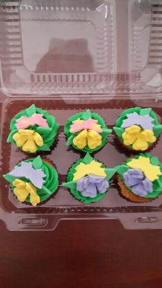 Cupcakes thinkerbell