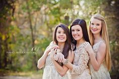 27 Ideas photography ideas for teens sisters sibling poses Photos Bff, Sister Pictures, Family Photos, Friend Pictures, Teen Photography, Children Photography, Older Sibling Photography, Sweets Photography, Three Sisters Photography