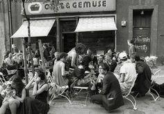 War so ein genialer Laden - direkt gegenüber vom Tacheles in BERLIN Mitte, Oranienburger Straße 48-49   So sehr hat sich Berlin seit 1990 verändert
