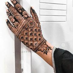 Mehndi Designs Front Hand, Basic Mehndi Designs, Pakistani Mehndi Designs, Henna Art Designs, Mehndi Designs 2018, Stylish Mehndi Designs, Mehndi Designs For Beginners, Mehndi Designs For Girls, Mehndi Design Photos