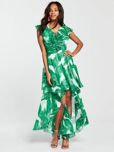 55d8a2170d3 28 Wedding Guest Dresses and Outfits to Shop Right Now