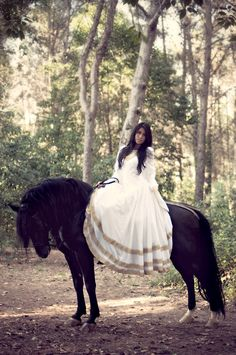 fairytale :) Horse Fashion Photography Learn about #HorseHealth #HorseColic www.loveyour.horse