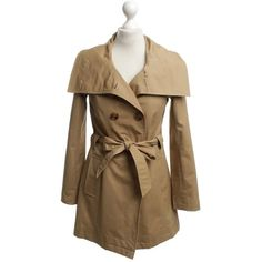 Pre-owned Trench coat in Camel (£61) ❤ liked on Polyvore featuring outerwear, coats, black, button trench coat, cotton coat, fur-lined coats, stand collar coat and cotton trench coat