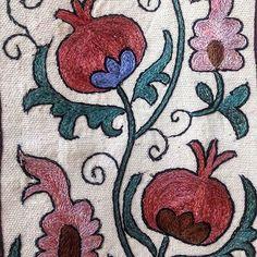 #сюзане #бухара #buxoro#suzani #silk #embroidery #wallhanging #bed #cover #antique #vintage #textiles #interiors #interiordesign #architecture#art #favorite #decorations #decor #decorated #interior #interiordesign #interiordesigner #interiors #interiorhome #homedesign#adras#wedding