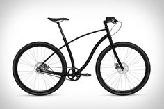 Designed as both a sturdy and elegant city bike, the Budnitz No.3 Pitch Black Bicycle makes this ride even more suitable for urban riding with a murdered-out color scheme. The frame is done with a matte black powder coat, while...