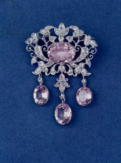 Brooch in shape of a flower, c. 1780 (topaz and diamond)