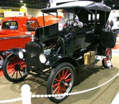 1919 Ford Model T Touring Car