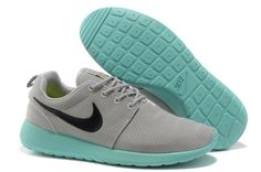 reputable site 70847 07c6e Buy New Arrival Nike Roshe Run Mesh Womens Gray Bamboo Green Shoes from  Reliable New Arrival Nike Roshe Run Mesh Womens Gray Bamboo Green Shoes  suppliers.