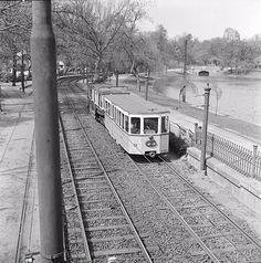 Pótkocsis földalatti a városligetben, 1960. április 1. Old Pictures, Historical Photos, Once Upon A Time, Budapest, Railroad Tracks, Transportation, Public, Fantasy, Historical Pictures