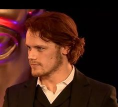So the Outlander World gets its first live view of Sam Heughan in a kilt...