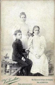 Children of Alfonso Xll - Mercedes, Maria Teresa, and Alfonso Xlll