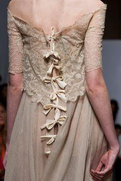 Cool Chic Style Fashion: Fashion Runway   Yiqing Yin Haute Couture Autumn 2013 + Details photos