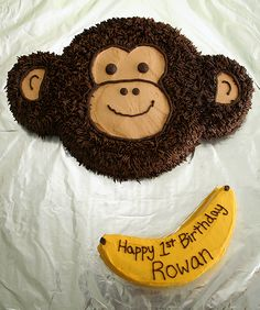 Monkey cake and banana smash cake....would be so cute for a first b'day party