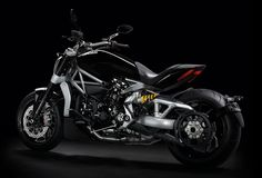 Ducati have given their popular Diavel Motorbike a relaxed cruiser feel with the new Ducati XDiavel, giving it a true feet-forward cruiser riding position. At the center of the XDiavel is the new Testastretta L-Twin engine with 156 hp, 9,500 RPM, and
