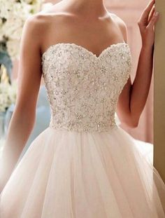 Wedding Dresses by David Tutera for Mon Cheri Bridals Spring One beautiful gown after another, for a Bridal Collection no to be missed. Sweet 16 Dresses, 15 Dresses, Pretty Dresses, Bridal Dresses, Bridesmaid Dresses, Tulle Dress, Strapless Dress Formal, Dress Up, Dress Girl