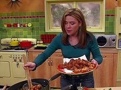 Get this all-star, easy-to-follow Buffalo Popcorn Chicken Bites recipe from Rachael Ray recipe Video
