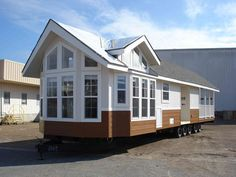 Check out this 2016 Instant Mobile House TheOlympus listing in EL CAJON, CA 92021 on RVtrader.com. It is a Park Model and is for sale at $44980.