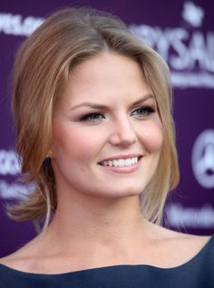 Jennifer Morrison love her hair and makeup. She is just lovely
