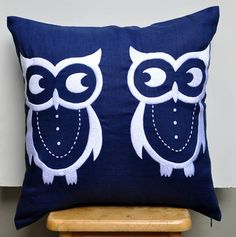 Owls Pillow Cover, Decorative Pillow, Throw Pillow Cover, Navy Blue Linen, White Owls Embroidery, Accent Pillow, Cushion Cover, Bird Pillow