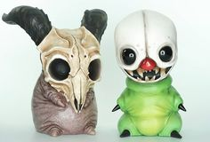 Creepy Hill Returns… And Some More Nightmares Escape! Creepy Toys, Creepy Cute, Vinyl Toys, Vinyl Art, Toy Story Tattoo, Clay Monsters, Cute Fantasy Creatures, Toy Story Alien, Arte Horror