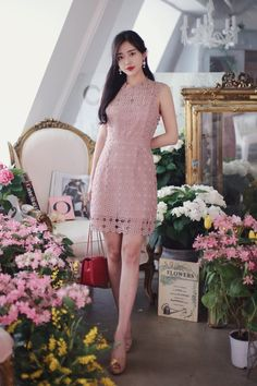 Jéssica Ramos's media statistics and analytics Cute Casual Outfits, Simple Outfits, Japanese Fashion, Asian Fashion, Cute Fashion, Fashion Looks, Royal Clothing, Evening Dresses Plus Size, How To Look Classy