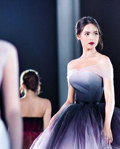 Ideas For Fashion Inspo Celeb Red Carpet Dresses, 15 Dresses, Evening Dresses, Wedding Dresses, Girl Fashion, Fashion Show, Fashion Outfits, Fashion Design, Quinceanera Dresses