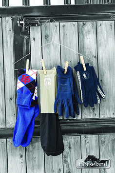 Horseland has you covered even down to your toes in different shades of blue this season.  These gorgeous HV Polo socks and gloves will help keep that Winter chill out!