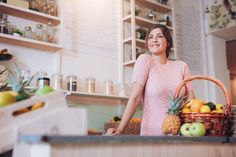 Eating healthy doesn't have to be overwhelming and you don't have to do it all at once. Follow these 5 tips to start your own health journey! #gritandgracelife   health tips, smart eating, healthy eating, healthy woman, women's health, easy nutrition, health & nutrition, nutrition advice, encouragement for women
