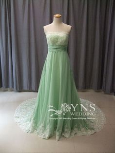check out this green wedding dress!