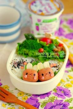 sausage bunny bento by luckysundae, via Flickr