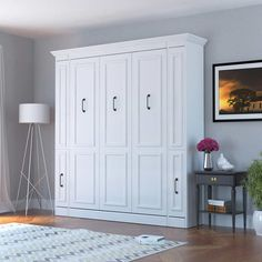 So perfect for a guest bed! A queen bed on the wall! Bed & Room Porter Queen Portrait Wall Bed with Internal Storage in White Murphy Bed Desk, Murphy Bed Plans, Murphy Bef, Murphy Bed With Sofa, Cama Ikea, Modern Murphy Beds, Portrait Wall, Bed Slats, Bed Wall