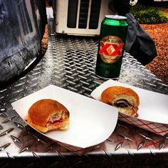 Free pints of Dos Equis and lobster sliders! #KloutSXSW via @tai_h