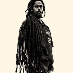 Blessed Earthstrong Jr. Gong! @damianjrgongmarley #LEGACY Damian Marley, Bob Marley, Joss Stone, Mick Jagger, People Of The World, Concert, Instagram Posts, Jr, Blessed