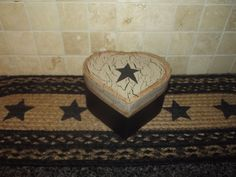 Primitive Heart Nesting Box ~ Crackle Tan & Black Prim Star ~ Country Decor #NaivePrimitive