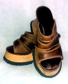 Vintage 1990s London Underground Shoes  Brown by ArtsetMetiersUT, $39.95